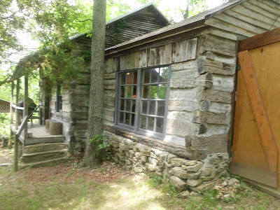 Campbell County Log Cabin Museum